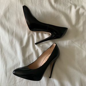 New Gucci Elaisa Black Leather Pumps Size 35 / 5